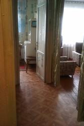 Продам двухкомнатную квартиру в кирпичном доме  п.Глубокое , Поповича 8