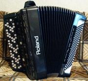 Продаю кнопочный аккордеон (баян) Итальянский ROLAND FR-3b