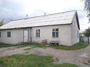 Продам кирпичный дом,  на 2 хозяина,  ул. Школьная,  пос. Меновное